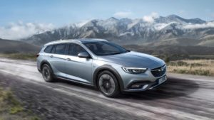 Nowy Vauxhall Insignia Country Tourer (2017)