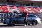 Piłkarze FC Barcelony odebrali nowe samochody służbowe