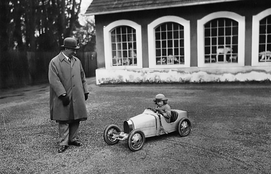 Bugatti Type 35 w skali 3:4 (2019)