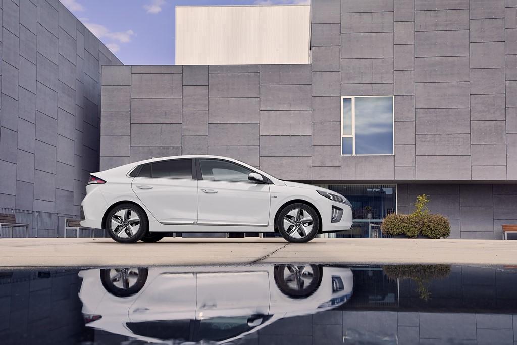 Hyundai IONIQ Hybrid FL (2019)