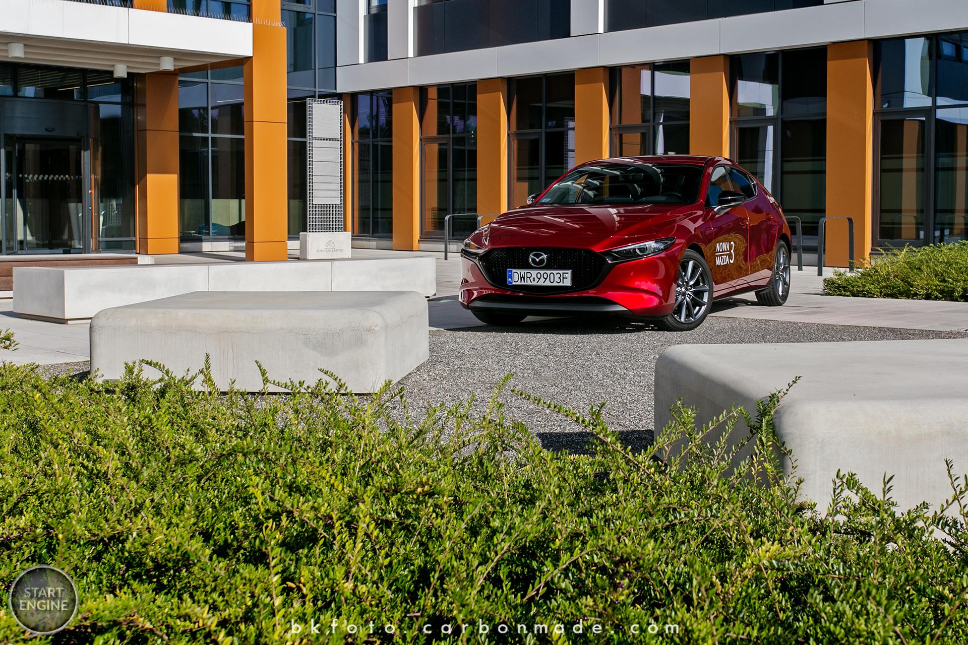 Nowa Mazda 3