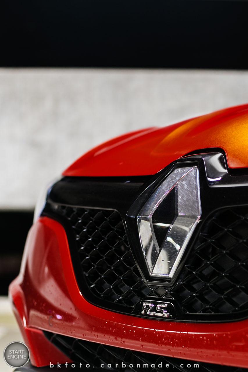 Renault Megané R.S. Trophy EDC