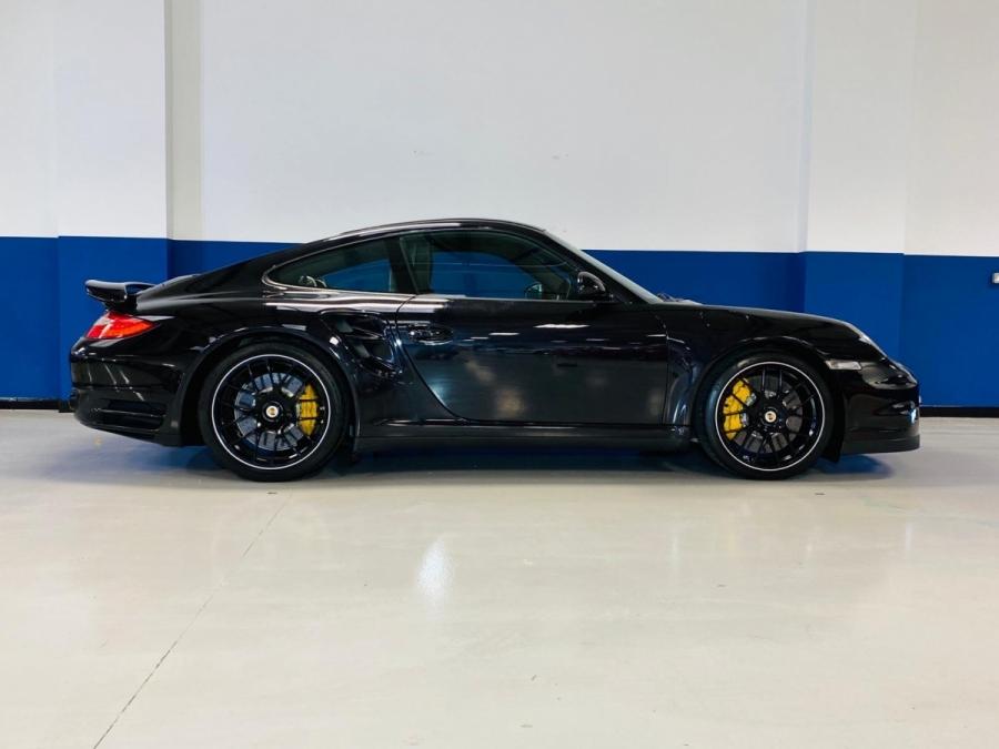 Porsche 911 Turbo S (997.2) (2010)