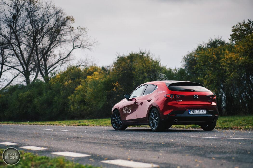 Mazda 3 HIKARI 2.0 SKYACTIV-G 150 KM 6MT